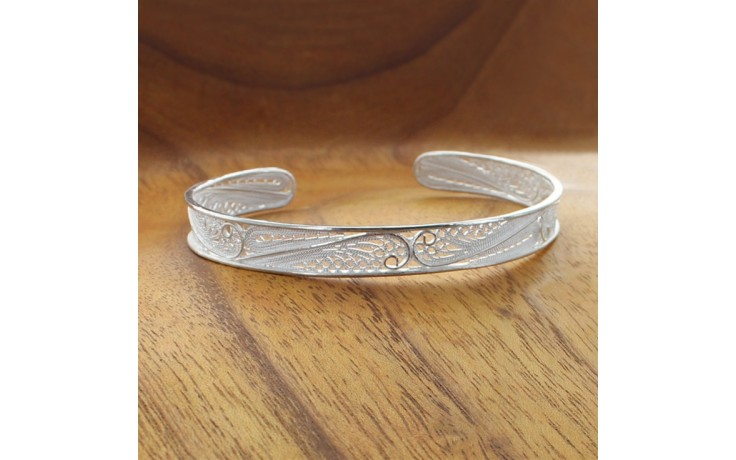Scroll Filigree Cuff