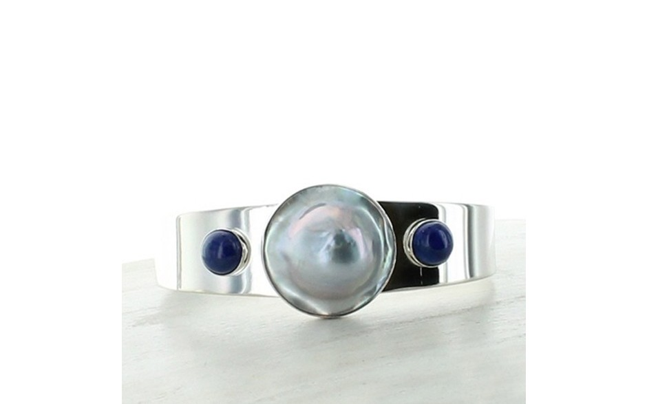 Mabe Pearl & Lapis Cuff